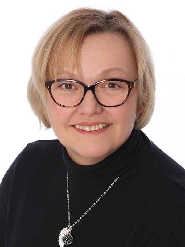 Claudia Reisch